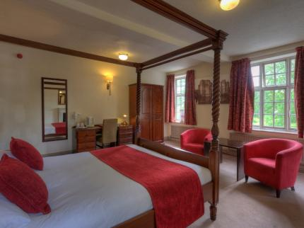 Castle Hotel by Good Night Inns - Laterooms