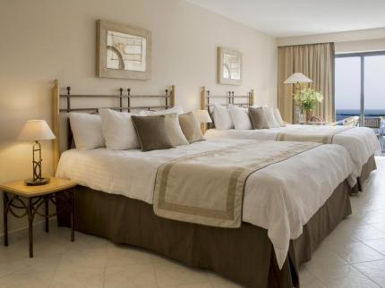 Marina Hotel Corinthia Beach Resort - Laterooms
