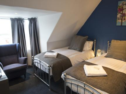 Edinburgh Caledonian Guest House - Laterooms