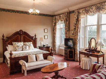 Craigsanquhar Hotel - Laterooms