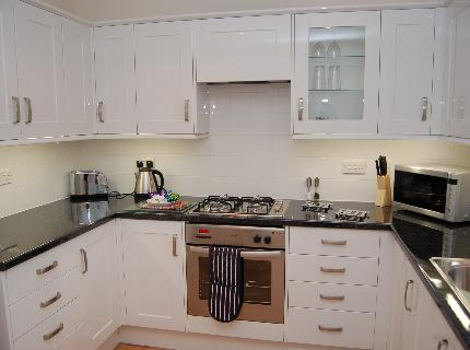 Caitlin Place Serviced Accommodation - Laterooms