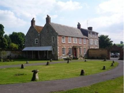 Rollestone Manor - Stonehenge - Laterooms