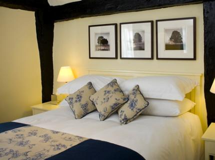 Loch Fyne Restaurant and Milsoms Hotel - Laterooms