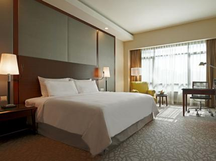Eastin Hotel Petaling Jaya - Laterooms