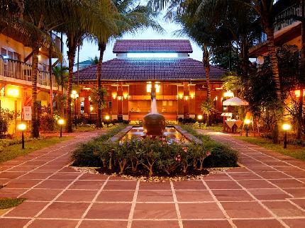 Horizon Patong Beach Resort and Spa - Laterooms