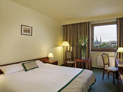 Best Western Hotel Hungaria - Laterooms