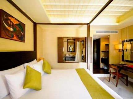 Iyara Beach Hotel & Plaza - Laterooms