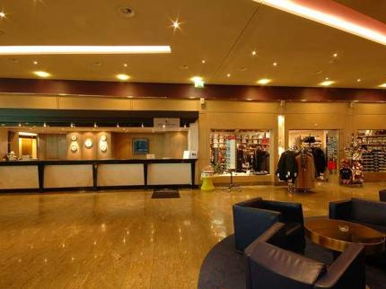 Hilton Zurich Airport - Laterooms