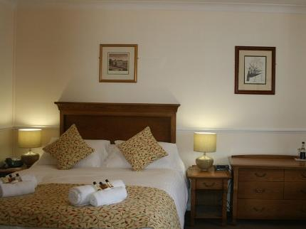 The Queens Head Inn - Laterooms