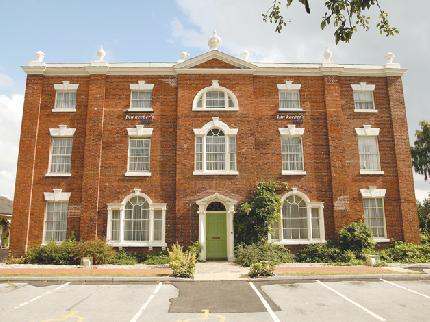 Innkeeper's Lodge Dudley Kingswinford - Laterooms