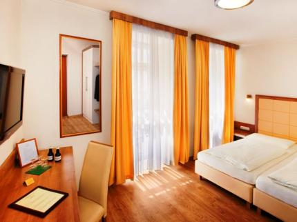 Goldenes Theaterhotel Salzburg - Laterooms