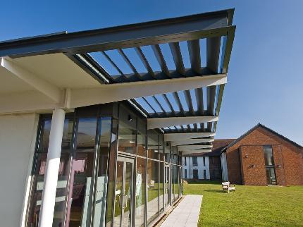 Roffey Park Institute - Laterooms