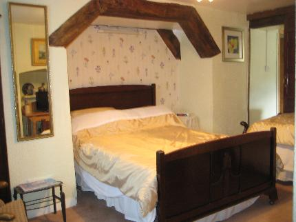 Tyn Celyn Farmhouse - Laterooms