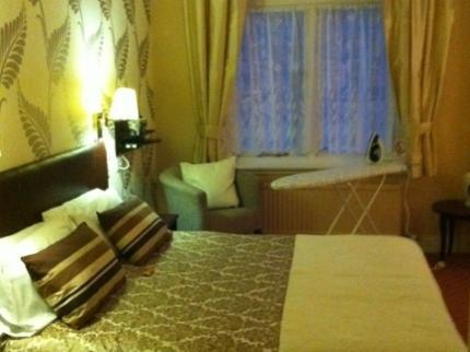 The Lambton Arms Hotel - Laterooms