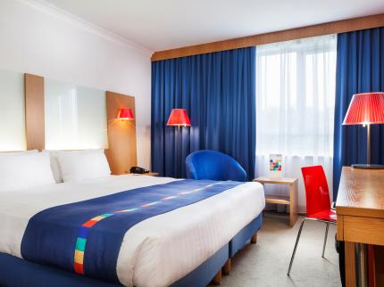Park Inn by Radisson Birmingham West - Laterooms