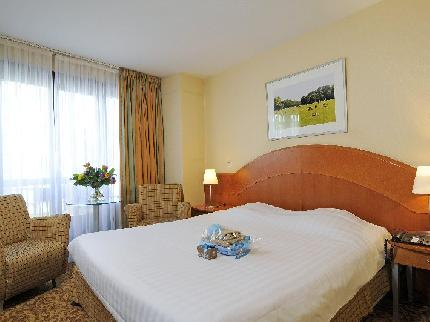 Acces Hotel - Laterooms