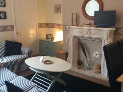 Coleridge Self Catering Holiday Flat - Laterooms