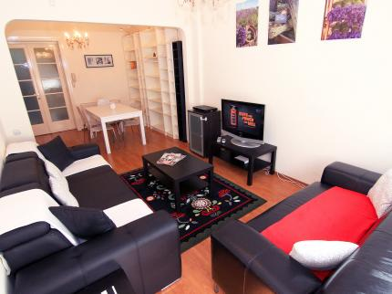 A&A; Accommodation - Laterooms