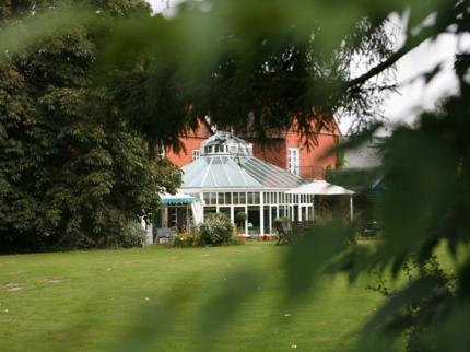 Redcoats Farmhouse Hotel - Laterooms