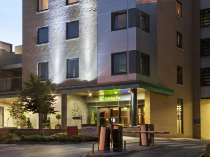 Holiday Inn Express DUBLIN AIRPORT - Laterooms