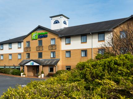Holiday Inn Express SWANSEA - EAST - Laterooms