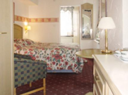 The Tudor Hotel & Restaurant - Laterooms