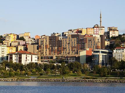Hilton Garden Inn Istanbul Golden Horn Turkey - Laterooms