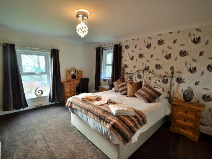Uplands Hotel & Restaurant - Laterooms