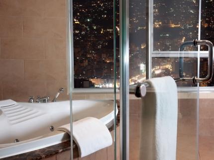 Hilton Beirut Habtoor Grand - Laterooms