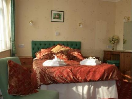St George's House Hotel - Laterooms