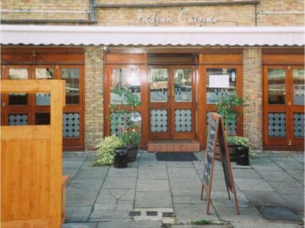 VII Hotel & Indian Restaurant - Laterooms