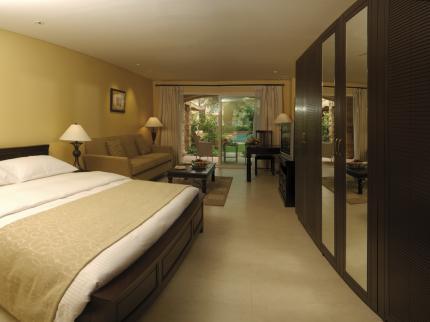 Mövenpick Hotel & Resort Al Bida'a Kuwait - Laterooms