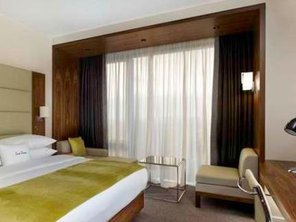 DoubleTree by Hilton Hotel Zagreb - Laterooms