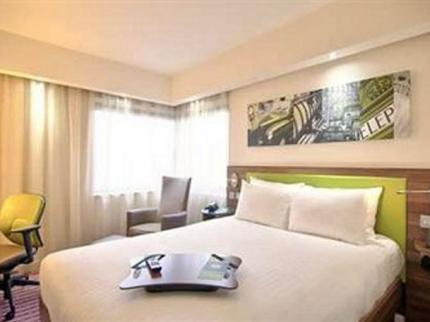 Hampton by Hilton Gdansk Airport - Laterooms