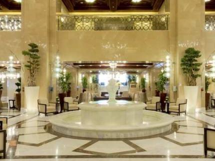 Hilton Suites Makkah - Laterooms