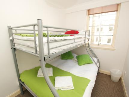 Edinburgh Short Stay Apartments - Laterooms