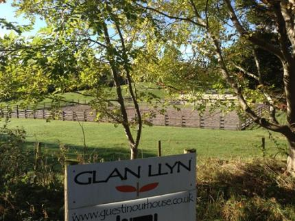 Glan Llyn - Laterooms