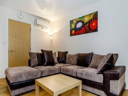Windsor Holiday Apartments - Laterooms