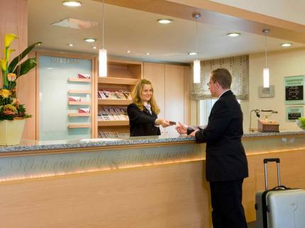 Mercure Hotel Bad Homburg Friedrichsdorf - Laterooms