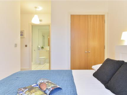 Tower Hamlets Apartments - Laterooms