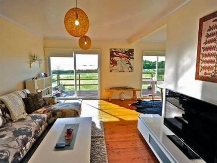 Taren Point Beach House - Laterooms