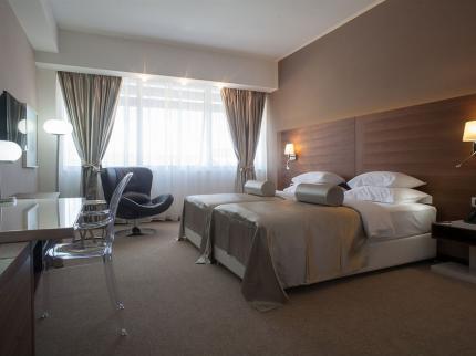 Hotel Aurel - Laterooms