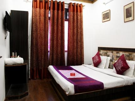 OYO Premium Nainital Mall Road 2 - Laterooms