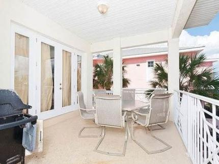 Starfish Beach 3 Br home by RedAwning - Laterooms