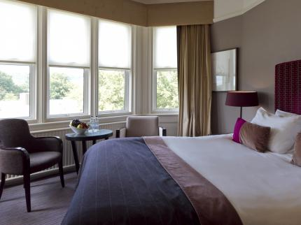 De Vere Venues Hartsfield Manor - Laterooms