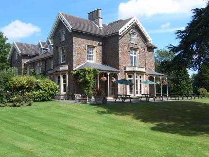 The Beeches Hotel & Conference Centre - Laterooms