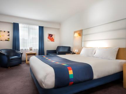 Park Inn by Radisson Cardiff North - Laterooms