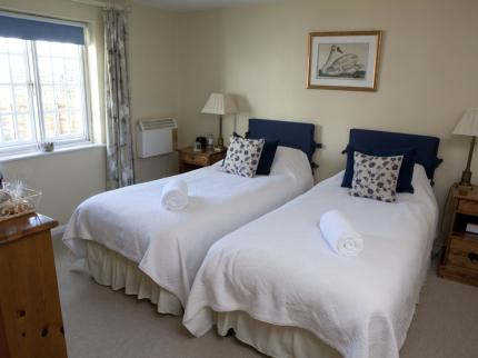 Yalbury Cottage & Restaurant - Laterooms