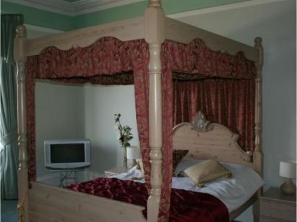 Butlers - Cheltenhams Award Winning Guest House - Laterooms