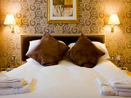 The Crown by Marstons Inns - Laterooms
